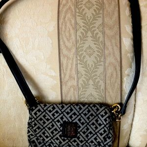 Thf vintage crossbody purse